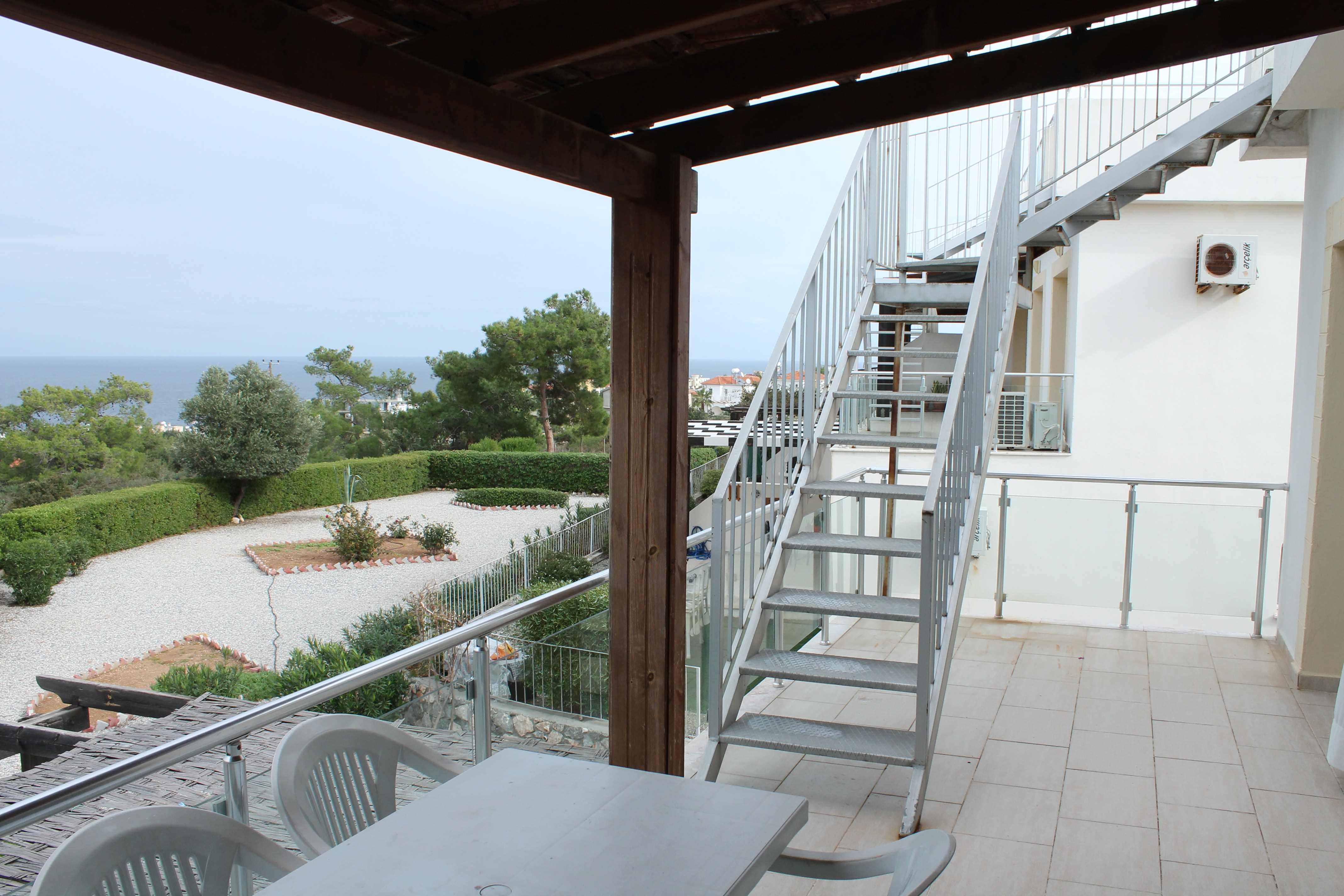 Apartment-for-sale-in-Esentepe-ES195