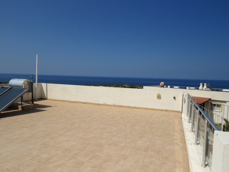 SEA-FRONT-PENTHOUSE-APARTMENT-TA82
