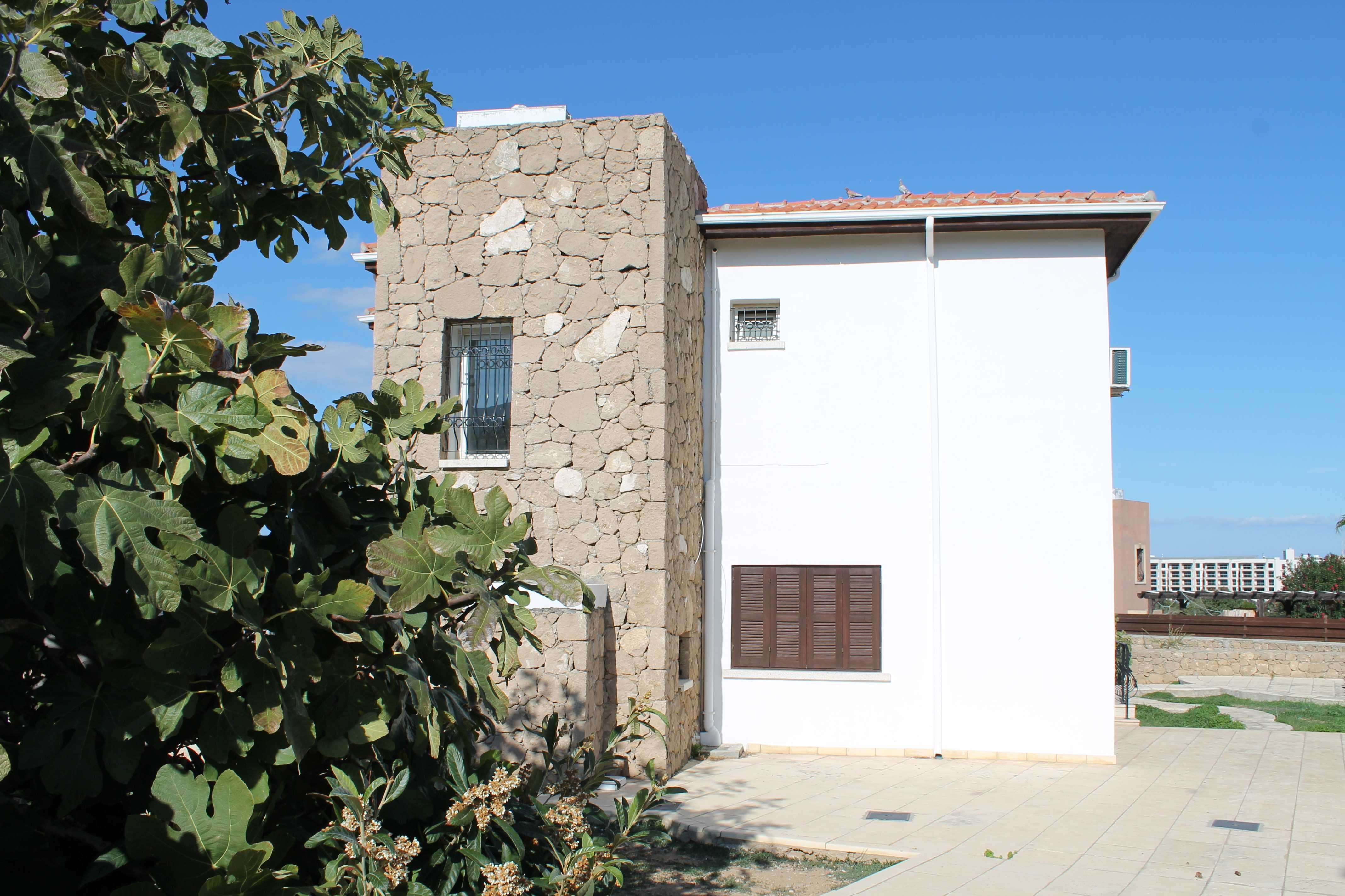 BEAUTIFUL-3-BEDROOM-VILLA-CA246