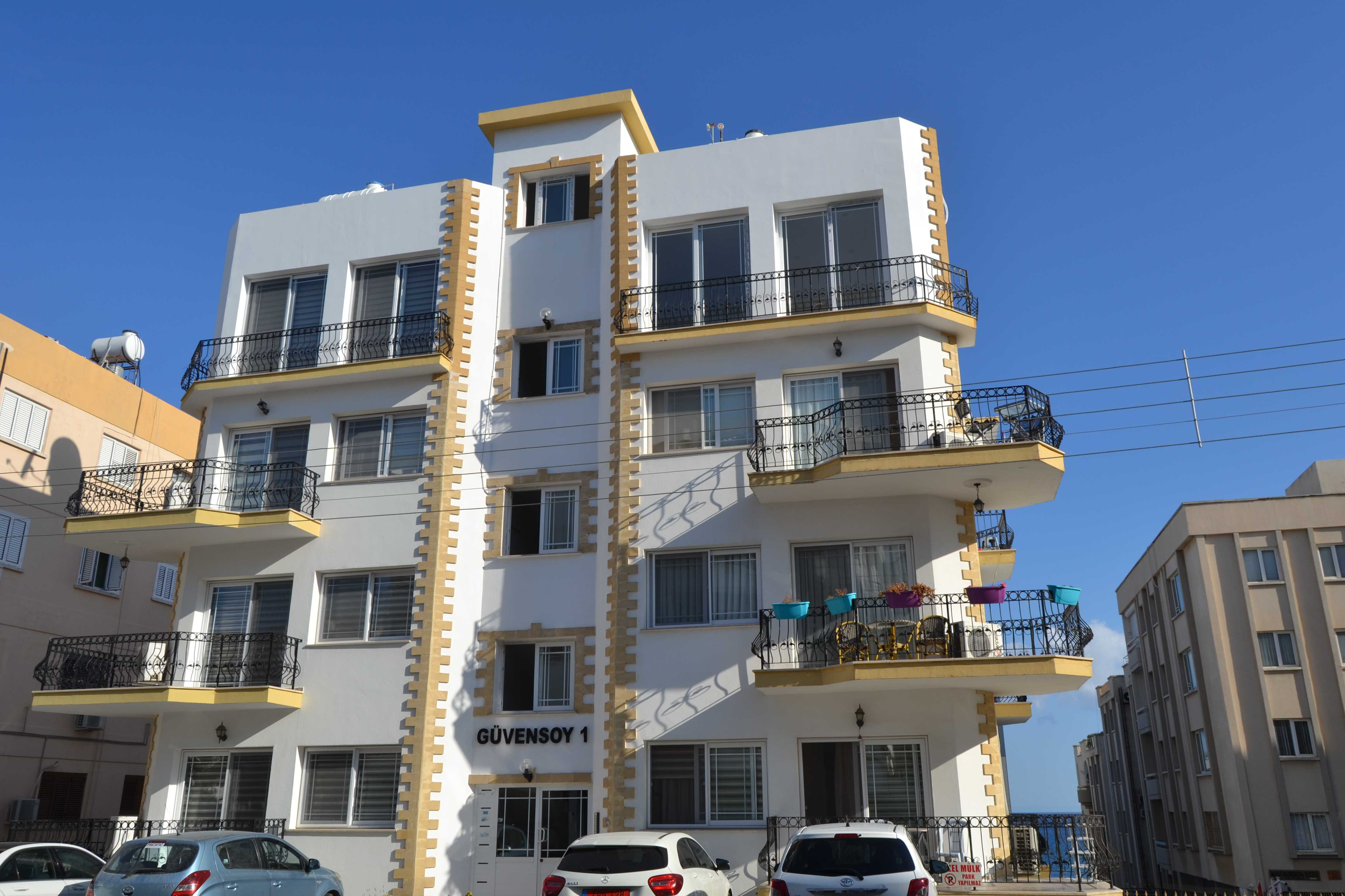 TWO-BEDROOM-FULLY-FURNISHED-APARTMENT-FOR-RENT-IN-KYRENIA-R-KY13
