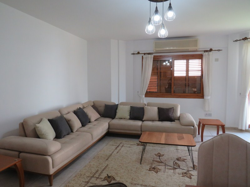 FULLY-FURNISHED-THREE-BEDROOM-APTARTMENT-R-DO02