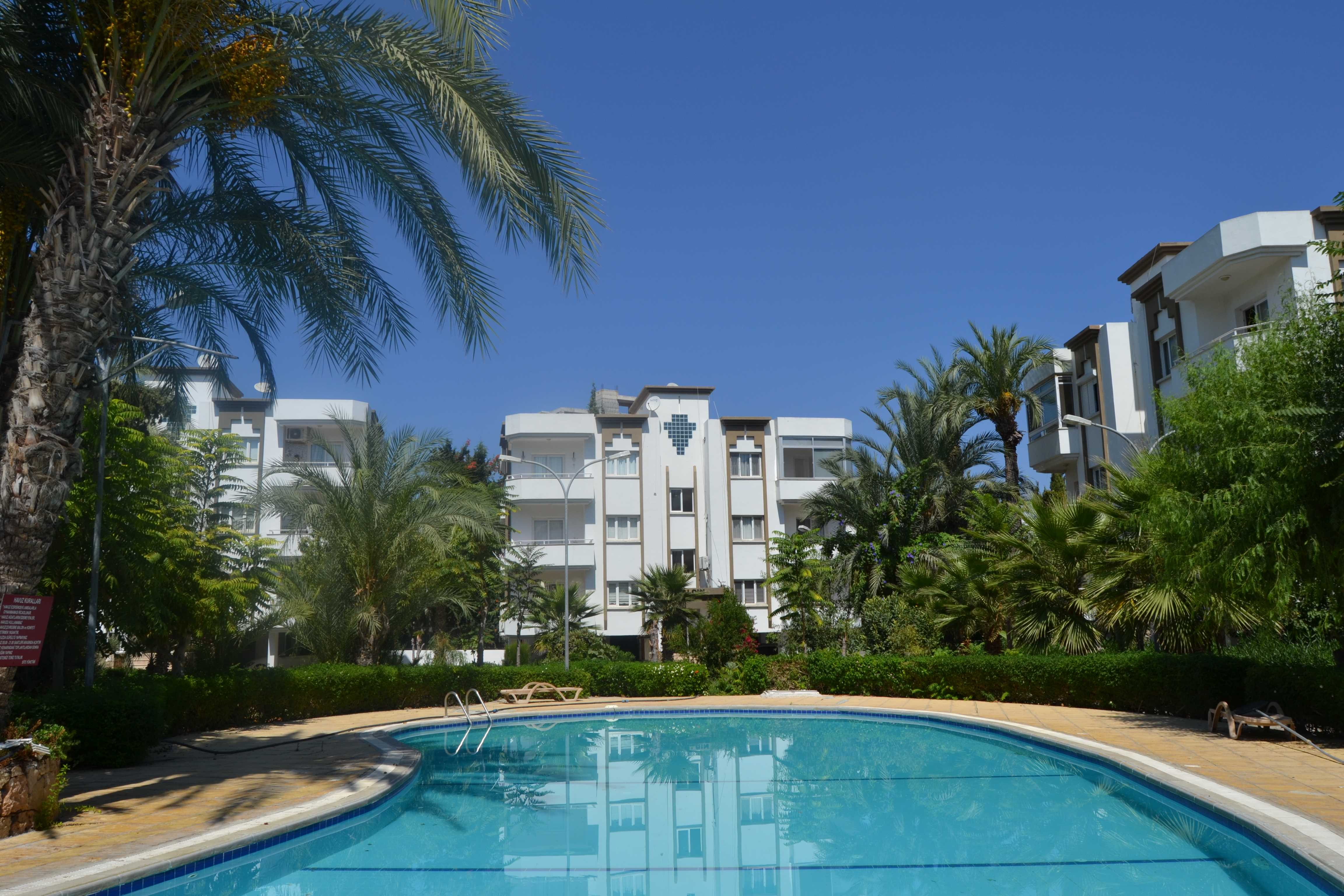 Three-Bedroom-Apartment-With-Communal-Pool-KY829